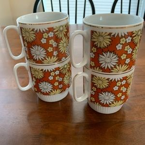 Other - Set of four vintage stacking mugs
